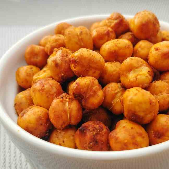 Crispy Curry Chickpeas