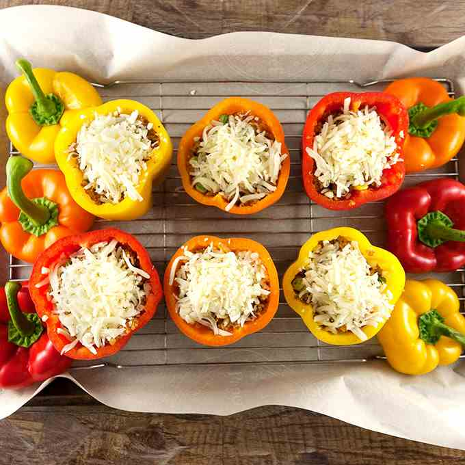 Cheesy Quinoa Stuffed Bell Peppers