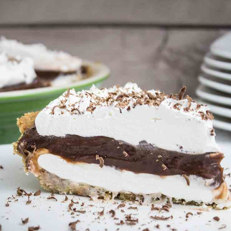 Whipped Chocolate Cream Pie