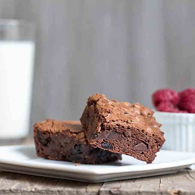Fudgy Cherry Port Brownies