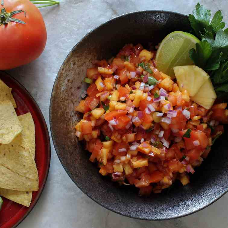 Sweet - Spicy Pineapple Salsa