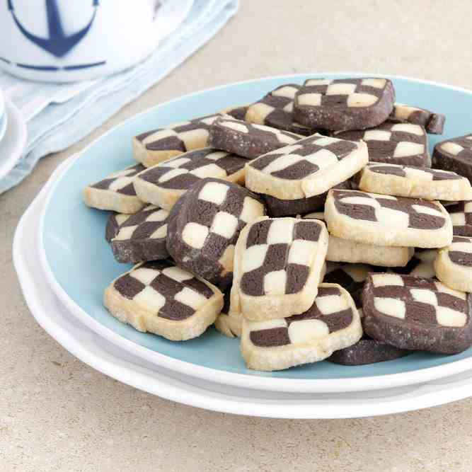 Black and White Chess Cookies