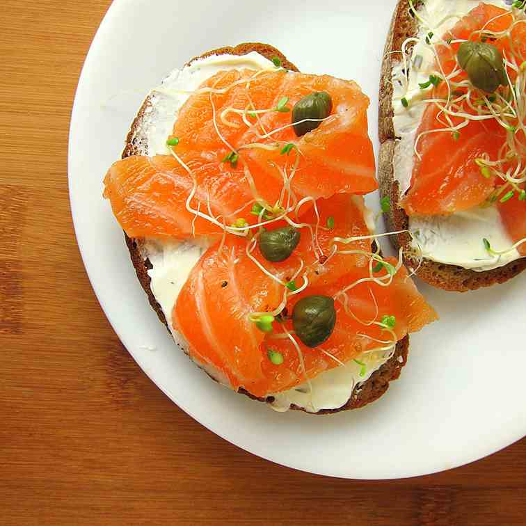 Smoked Salmon (Lox) Recipe