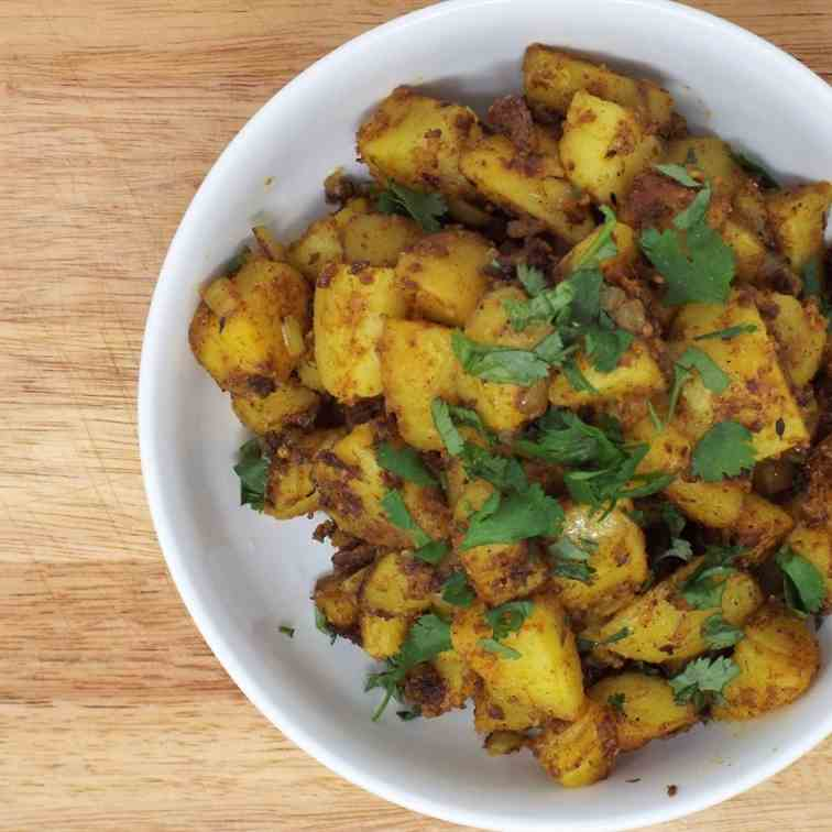 Bombay Aloo (Spiced Potatoes)