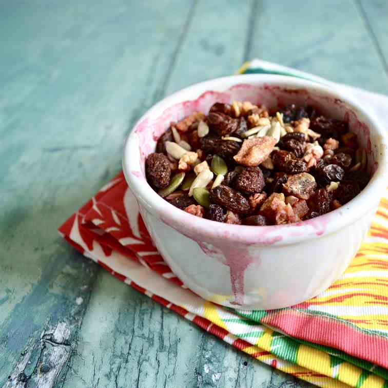 Apple Berry Granola Crumble