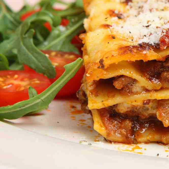 Slow Cooked Simple Pork Lasagne