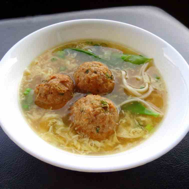 ginger turkey meatballs in egg flower soup