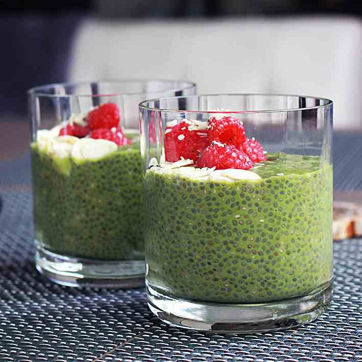 Matcha Chia Seeds Pudding with Raspberries