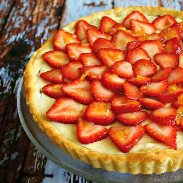 Strawberry Nutella Cream Tart