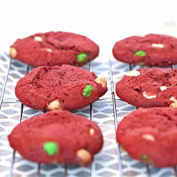 M&M Red Velvet Cake Cookies