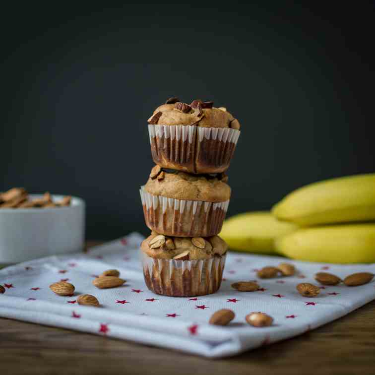 Clean Eating Peanut Butter Banana Muffins