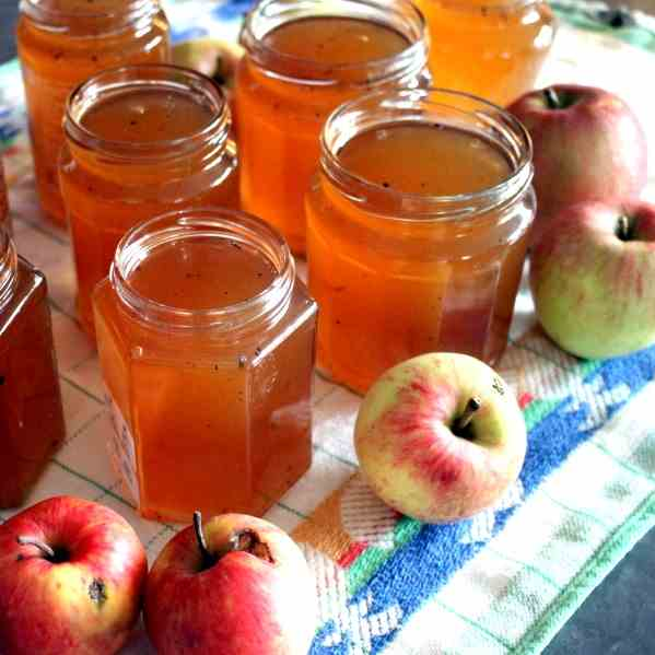 Apple Jelly with Booze