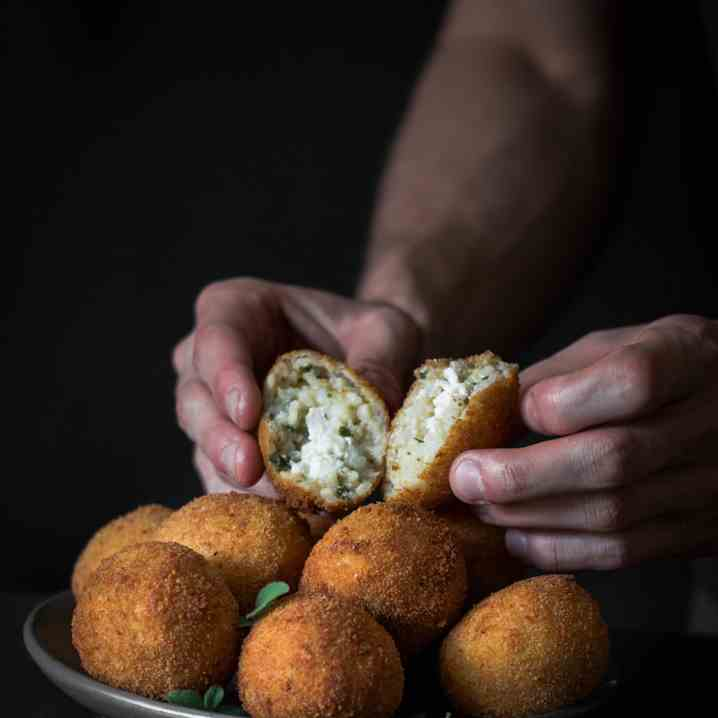 Arancini Balls Recipe with Tomato and Red