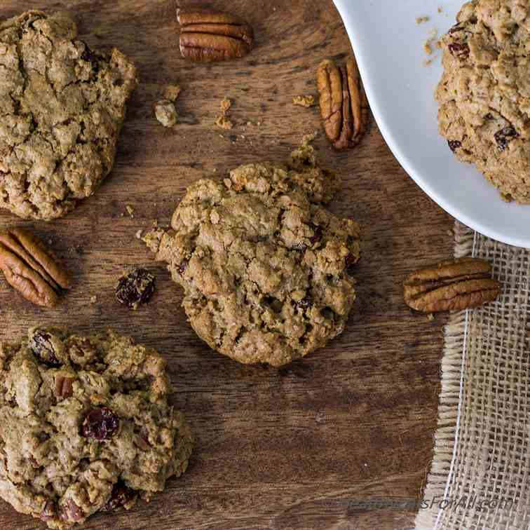 Pecan Raisin Oatmeal Cookies