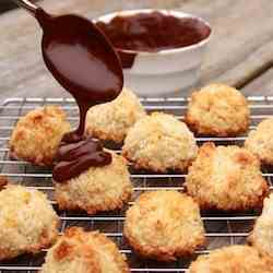 Simplest Coconut Macaroons