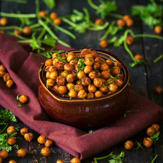 BBQ Flavoured Roasted Chickpeas