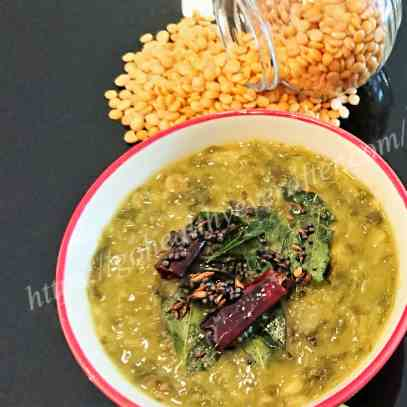 Boiled spinach with lentils