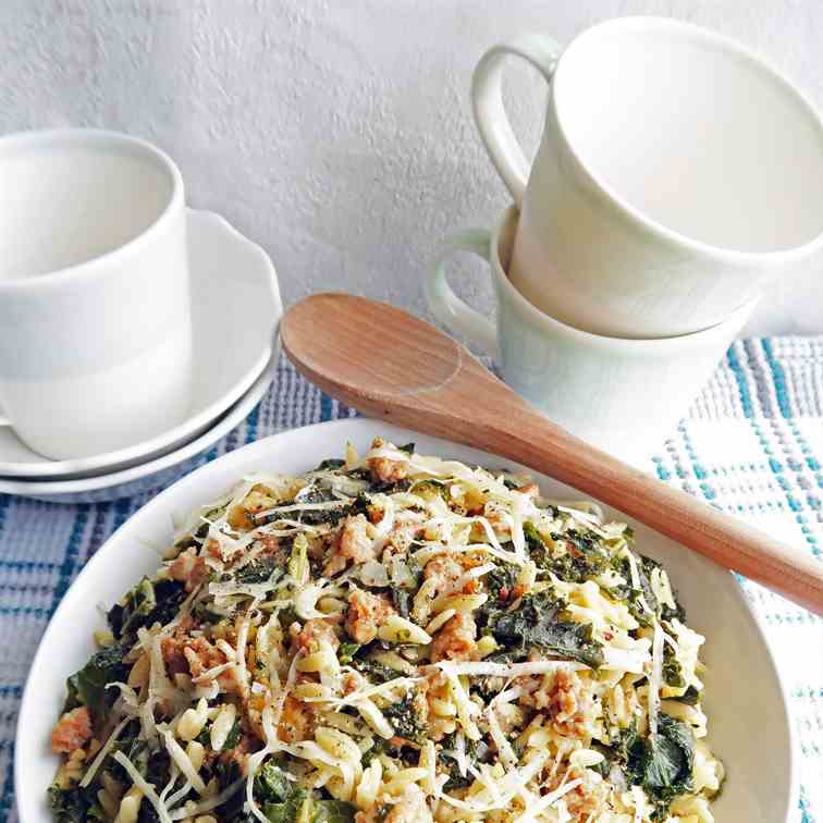 One-Pot Orzo Pasta with Sausage and Kale