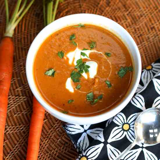 Roasted carrot & coconut milk soup