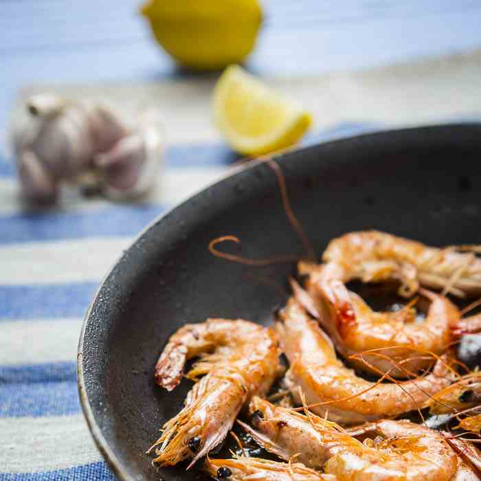Pan-fried Garlic Butter Prawns