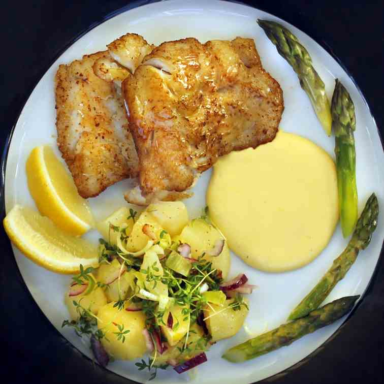Pan Fried Haddock Hollandaise