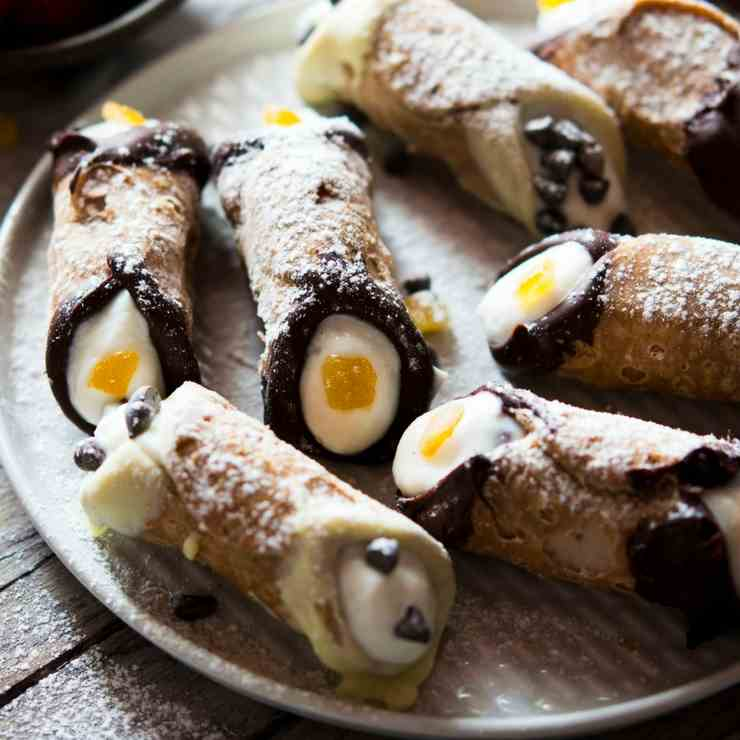 Mini Cannoli - Perfect For Parties