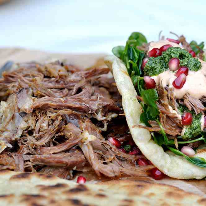 Slow cooker lamb shoulder recipe