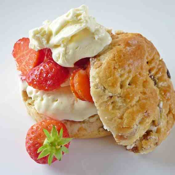 Clotted Cream Ice Cream Tea