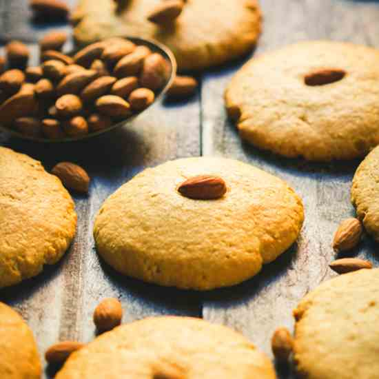 Chinese-style Almond Cookies