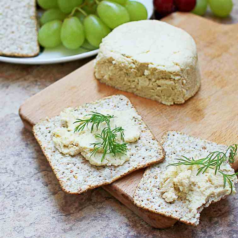 Vegan creamy tofu cheese