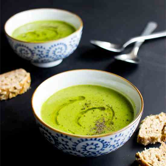 Irresistible Pea and Mint Soup