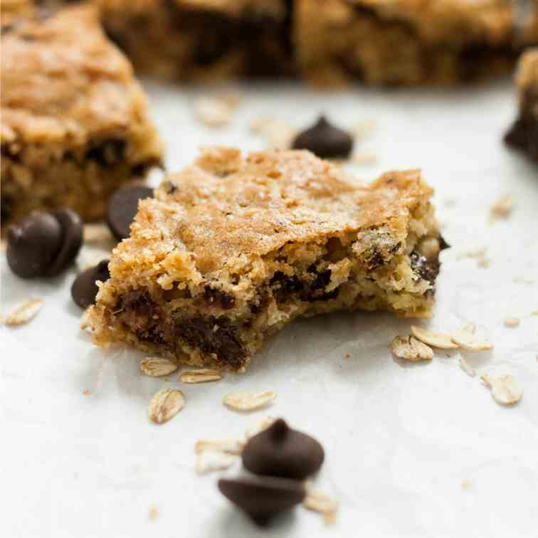 Cherry Chocolate Oatmeal Cookie Bars