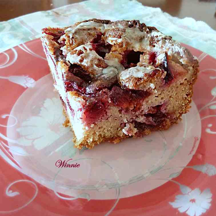 Plum cake with sugar coating