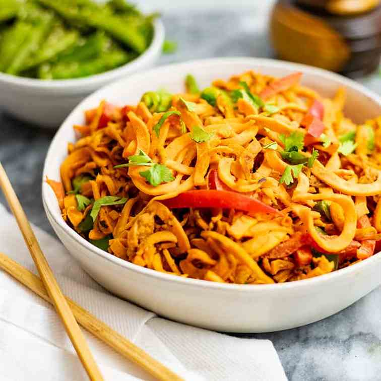 Spicy Peanut Spiralized Sweet Potato Pasta