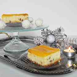 Christmas cheesecake with lemon curd