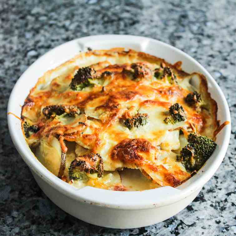 Scalloped Potatoes with Broccoli