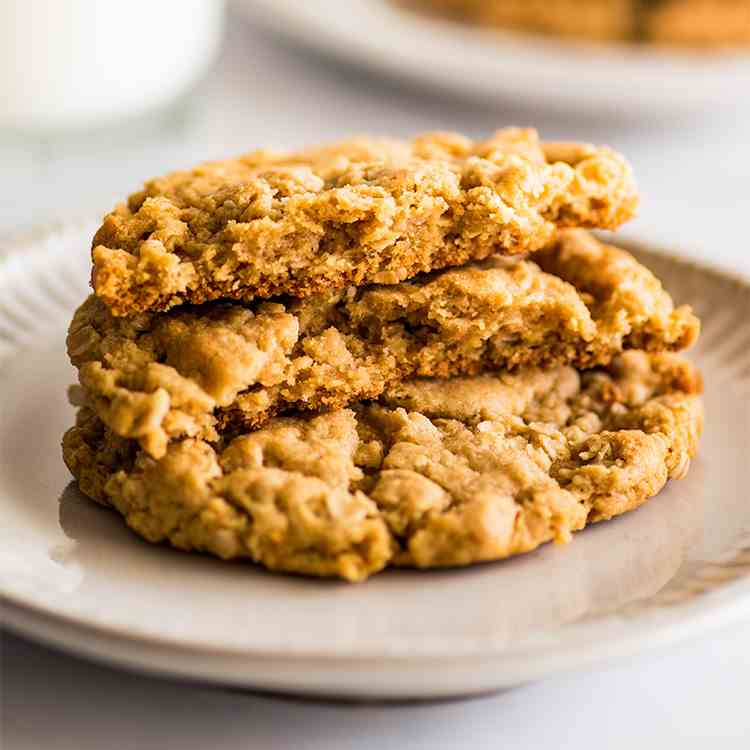 Small-batch Peanut Butter Oatmeal Cookies