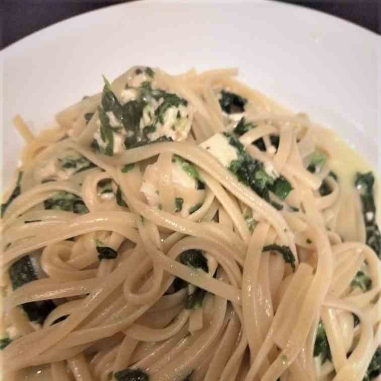 Spinach and Chicken Alfredo