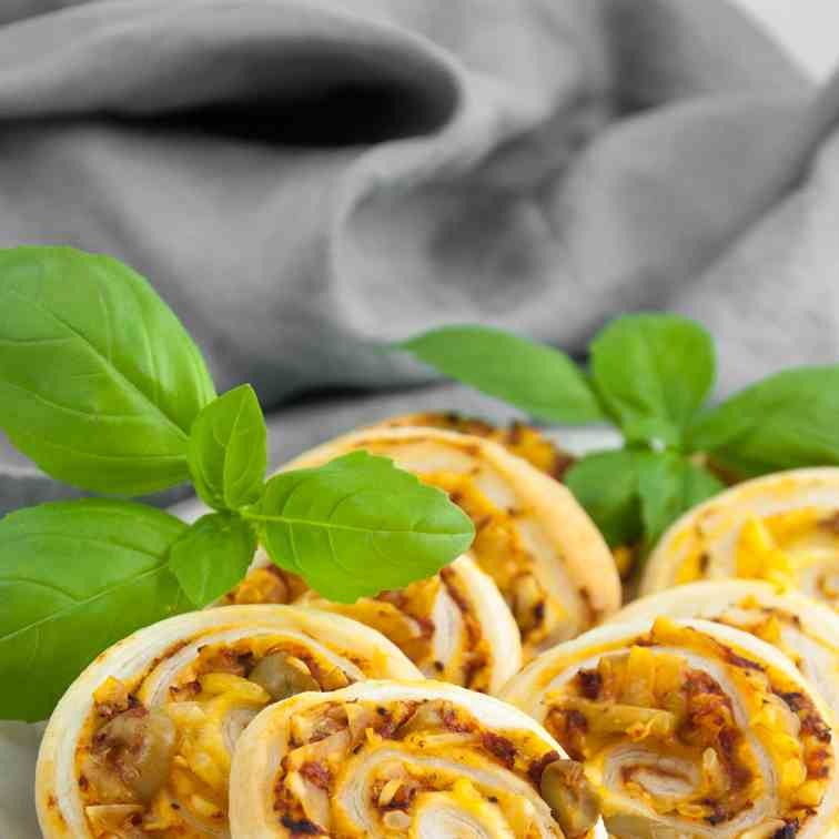 Vegan Pizza Pinwheels