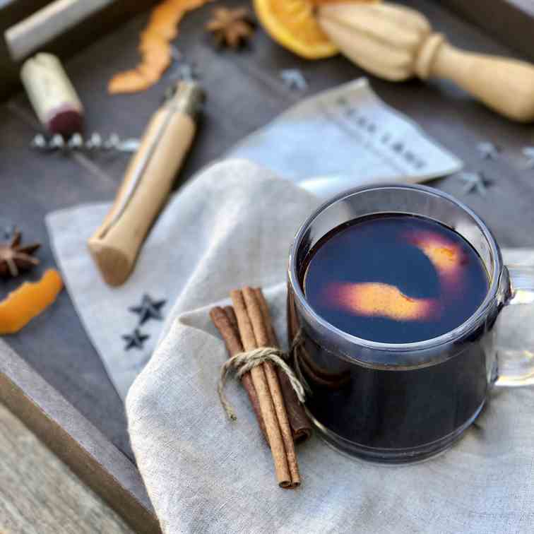 Mulled Wine With Cinnamon And Brandy
