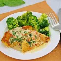 Chicken in Basil Cream Sauce