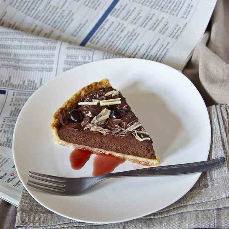 Lazy chocolate mousse tarte with Amarena