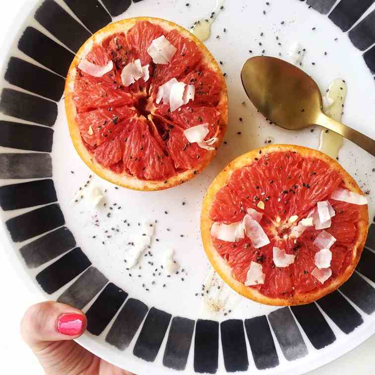 8 Minute Broiled Grapefruit