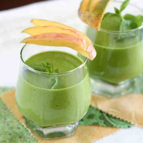 "Mango ""Green Monster"" and other smoothies"