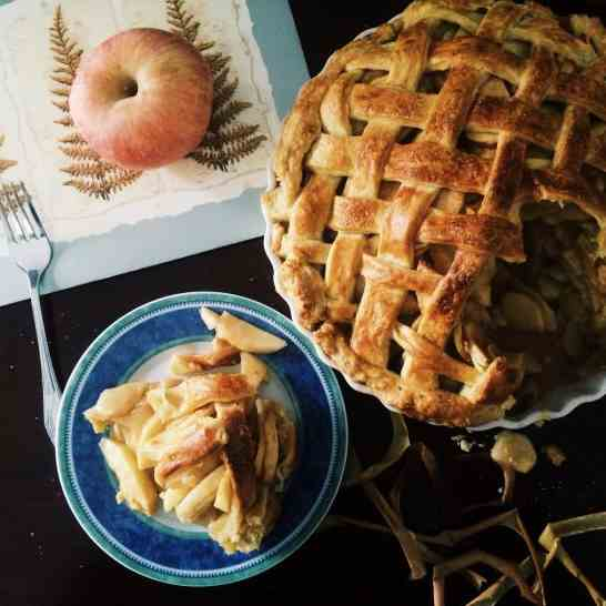Classic Lattice Top Apple Pie