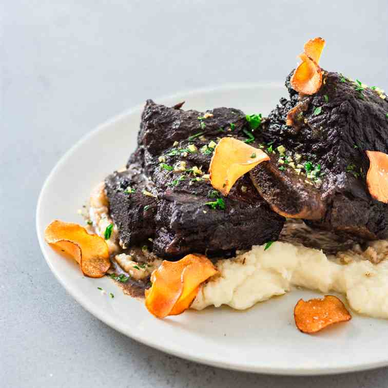 Braised Short Ribs with Sunchoke Puree