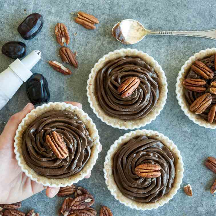 Raw Mini Chocolate Pecan Tarts