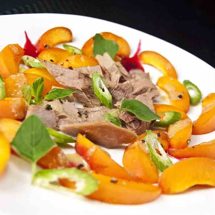 Apricots & red tuna salad