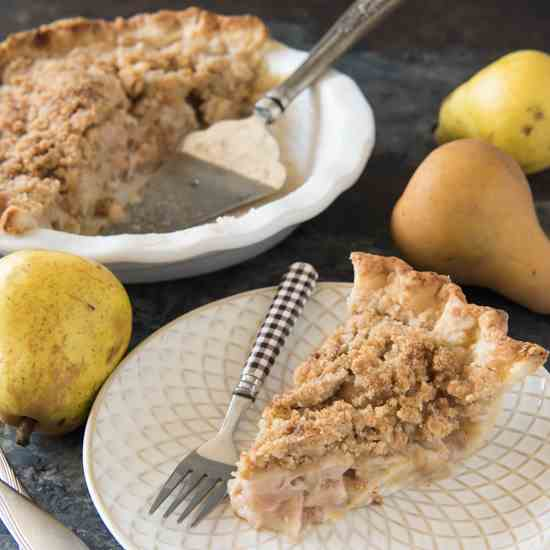 Dutch Pear - Nutmeg Pie