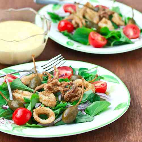 Fried Calamari Salad and Lemon Aioli
